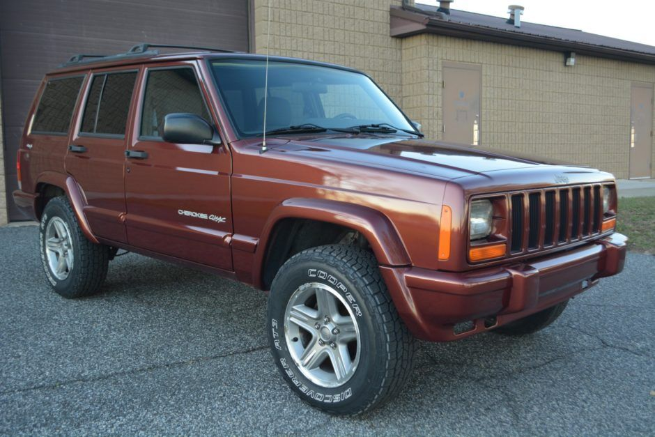 No Reserve 2000 Jeep Cherokee Classic Jeep cherokee