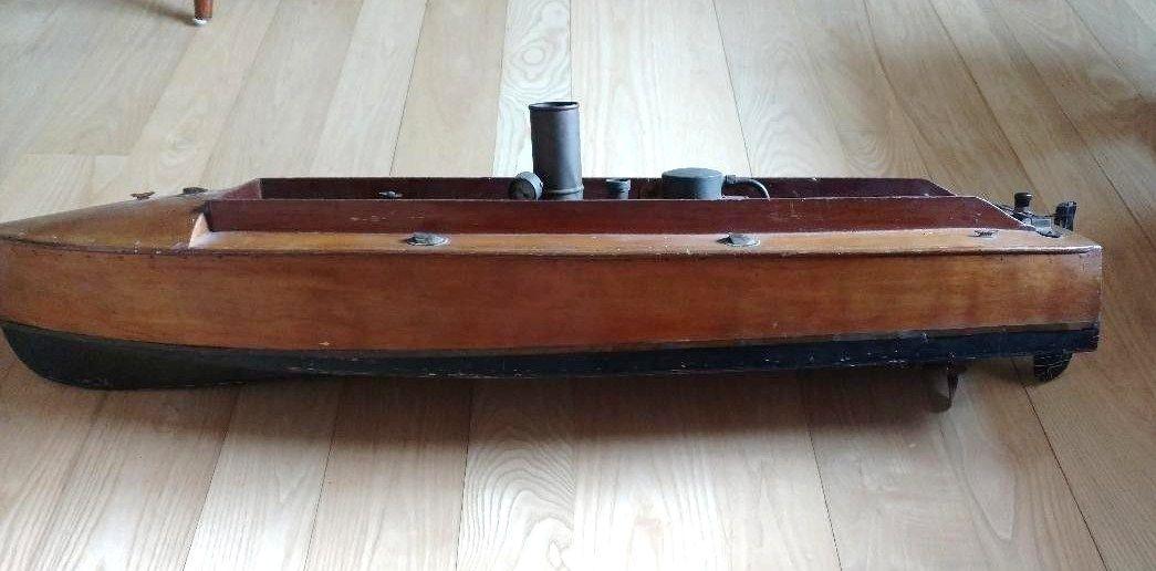 Epingle Par Collec Tor Sur Boucher Toy Boats Bateaux A Vapeur Bateaux Canot