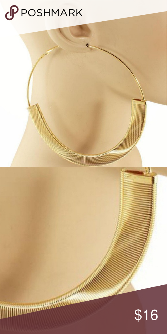 a5ddb37f9 Gold Spring Texture Fashion Hoop Earrings Round Hoop Spring Like Texture  Fashion Jewelry Earrings 3 Inches Snap Closure Jewelry Earrings
