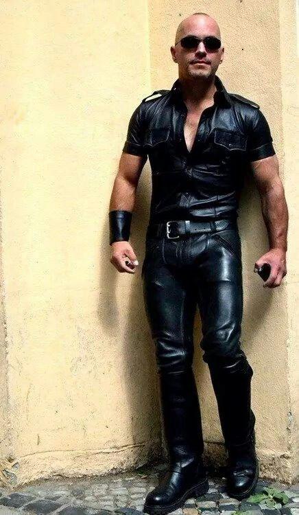 Pin von Joe G auf leather | Lederjacke männer, Männer outfit