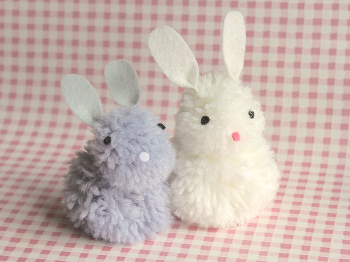 Pom pom bunnies do it with children pinterest for Cute pom pom crafts