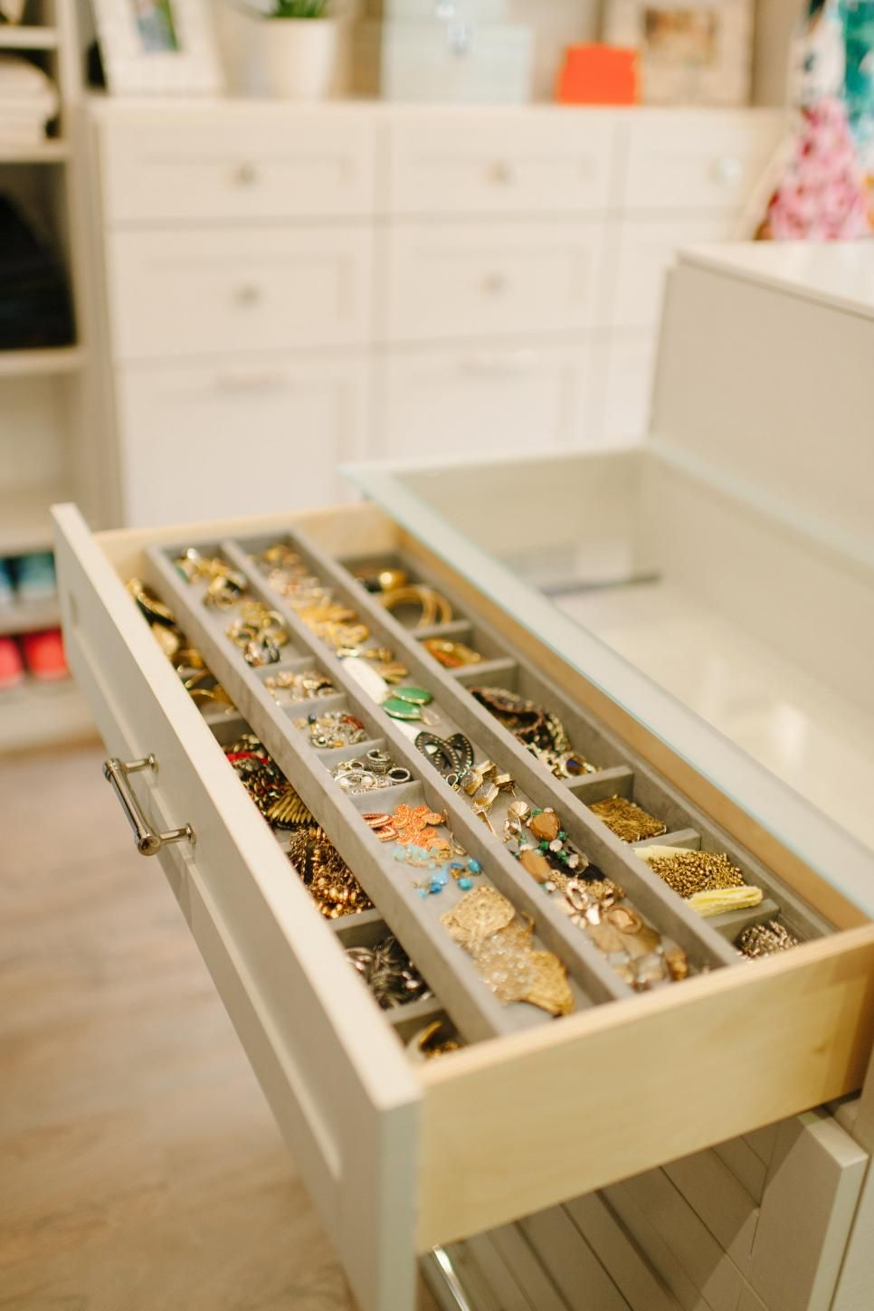 Accessory Drawers For Jewelry Ties Scarves Etc Closet Remodel Master Bedroom Closet Closet Bedroom