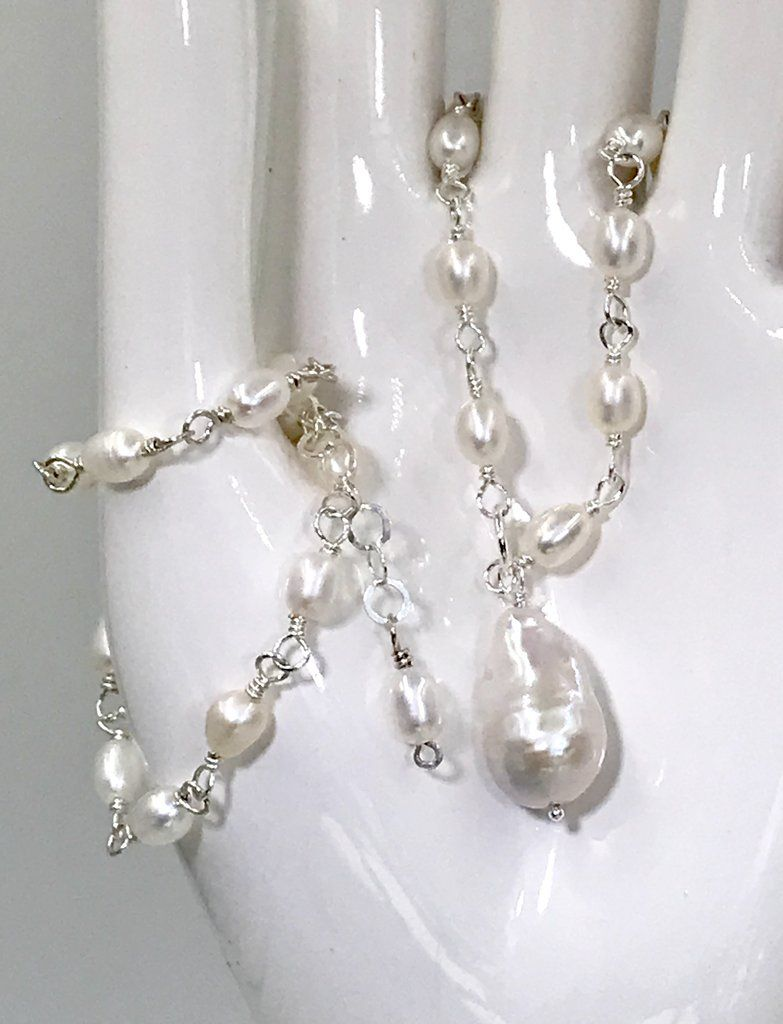 4-5mm natural AKOYA White Baroque Pearl Earrings 14K YELLOW GOLD