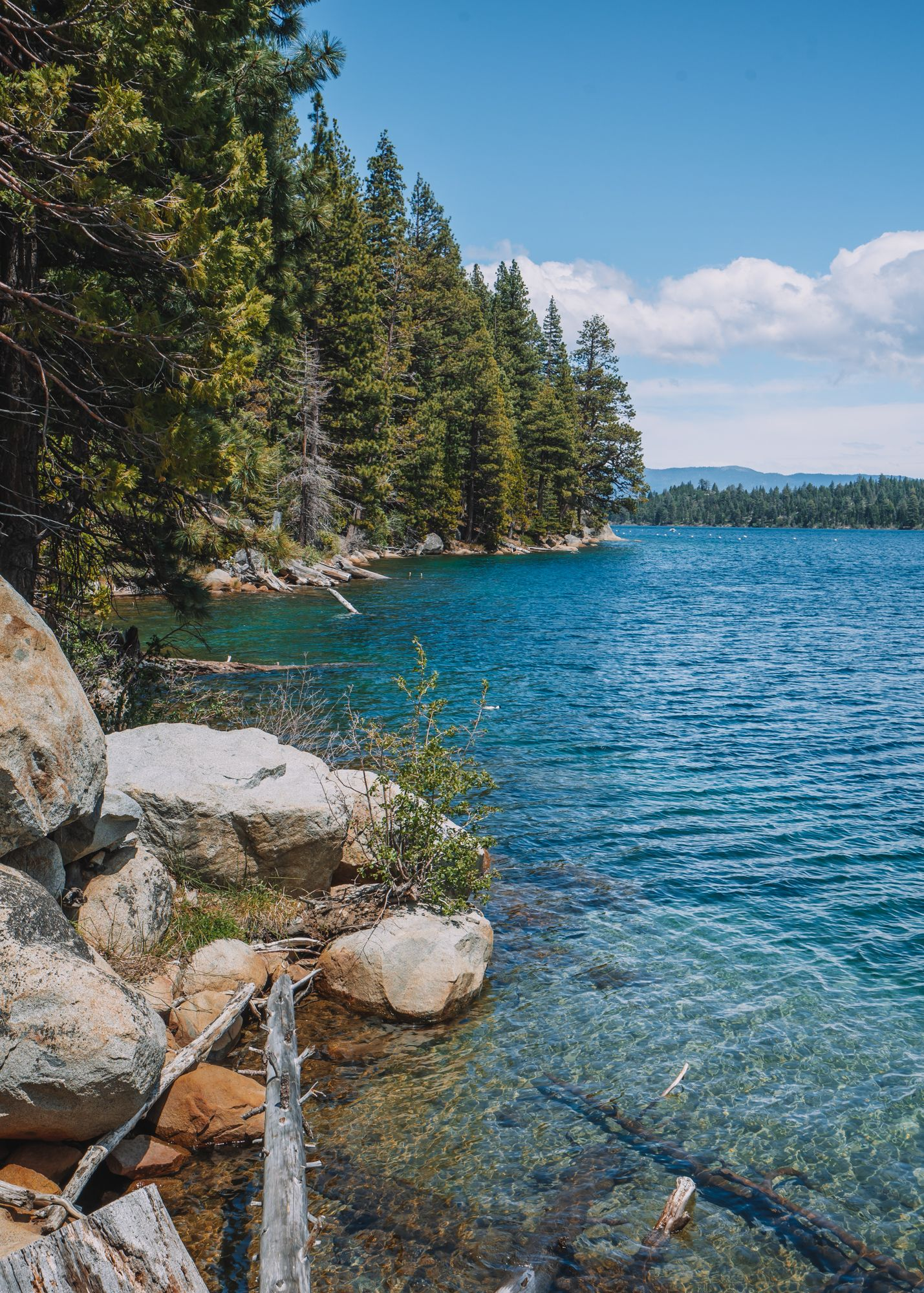 10 Amazing Things To Do At Emerald Bay State Park In Lake Tahoe #California #Tahoe #LakeTahoe #EmeraldBay
