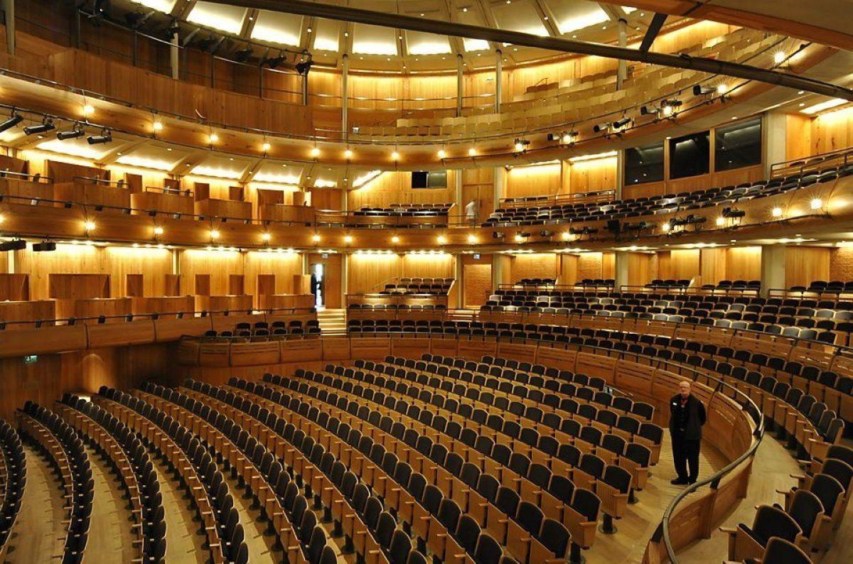 Urbane Rurality In England Part Two Glyndebourne Festival Opera Theatre Design Design England