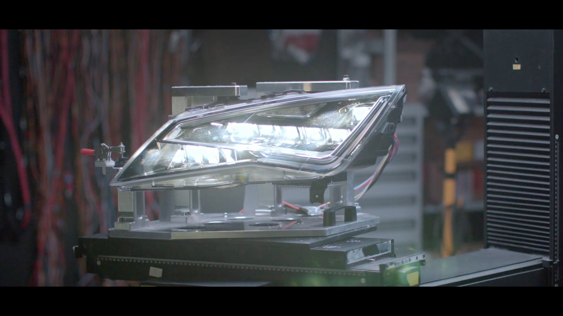 INSIDE SEAT – Voll-LED-Scheinwerfer