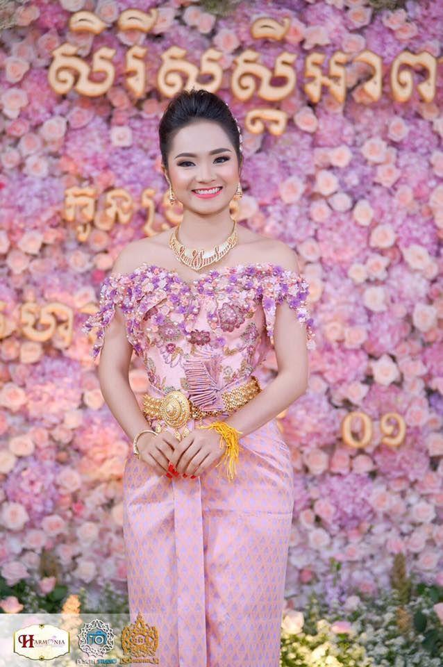 Lujoso Trajes De Boda Khmer Ideas Ornamento Elaboración Festooning ...