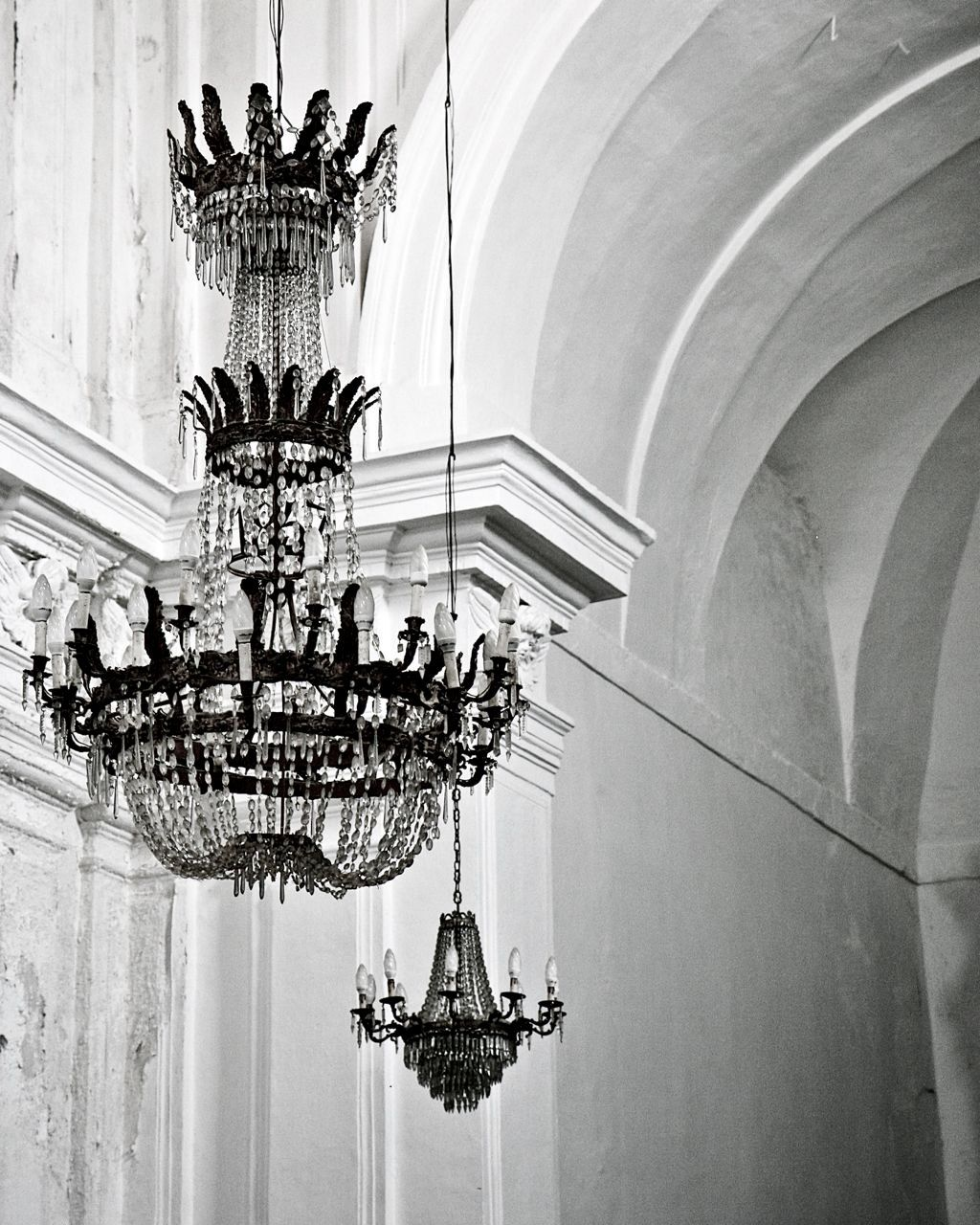 Chandelier Photograph Black And White Photography Glamorous Elegant Print Sicily Italy Italian Home Decor Wall Art 30 00 Via Etsy