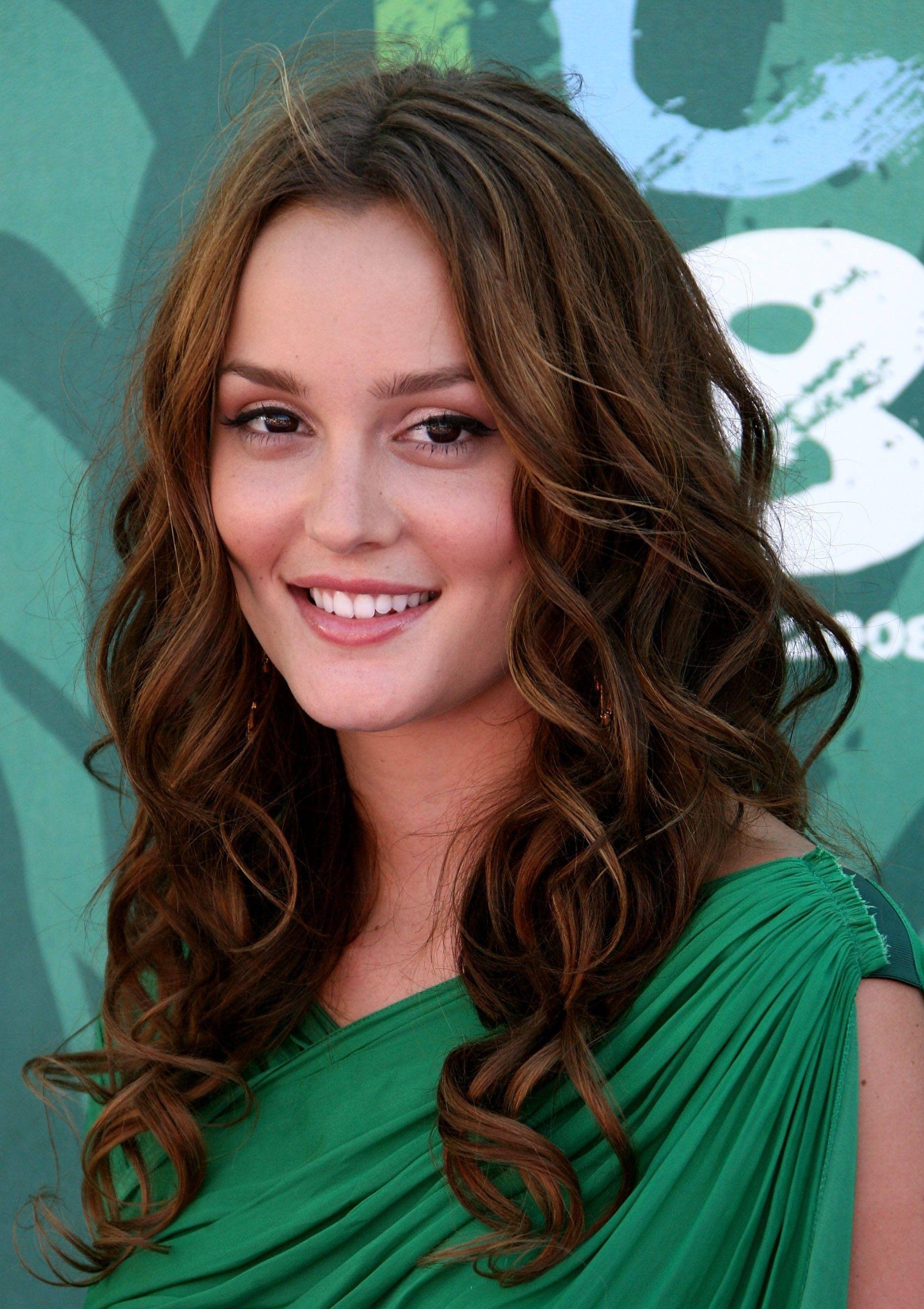 Sensational Cute Long Brunette Homecoming Hairstyle Homecoming Hairstyles Hairstyle Inspiration Daily Dogsangcom
