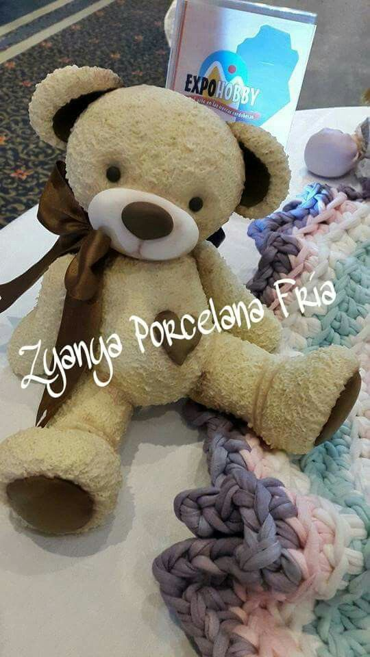 Pin by evelin jannet martinez sandoval on evelin martinez pasta flexible teddy bears polymer clay animals fimo clay clay bear cold porcelain vivo biscuits fondant altavistaventures Choice Image