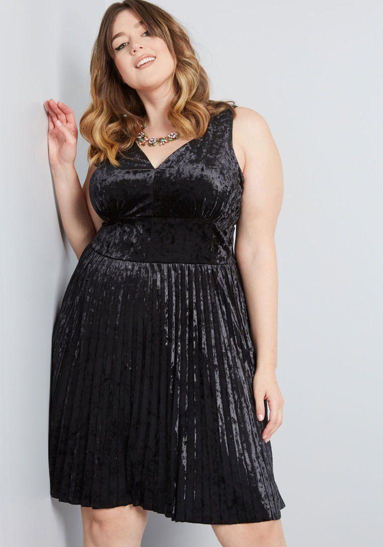 bdf78b4ae816 Splendorous Spree Velvet Dress in XL - Sleeveless A-line Mini by ModCloth