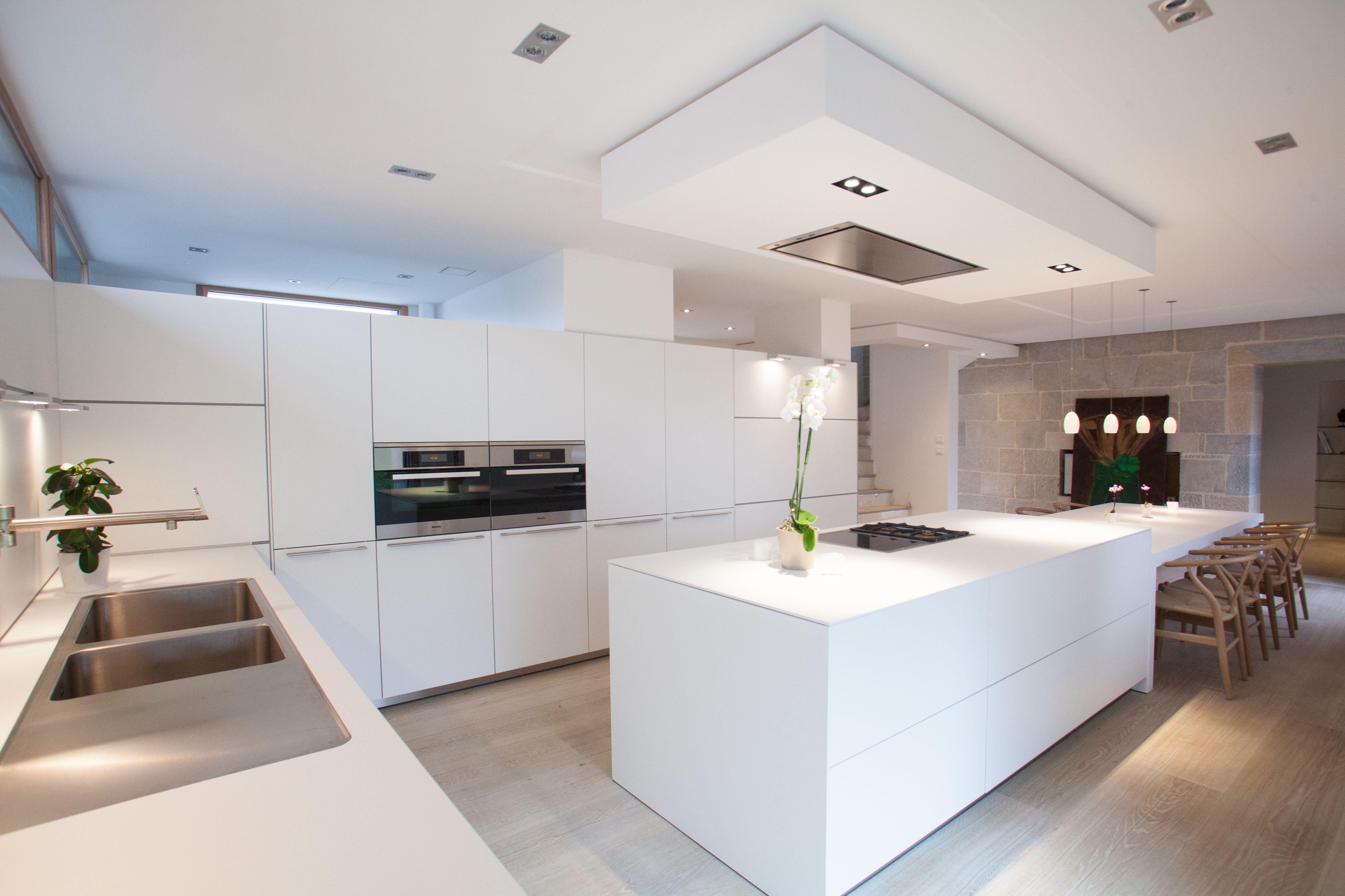 Cuisine bulthaup b3 stratifié blanc alpin modern kitchen in 2018
