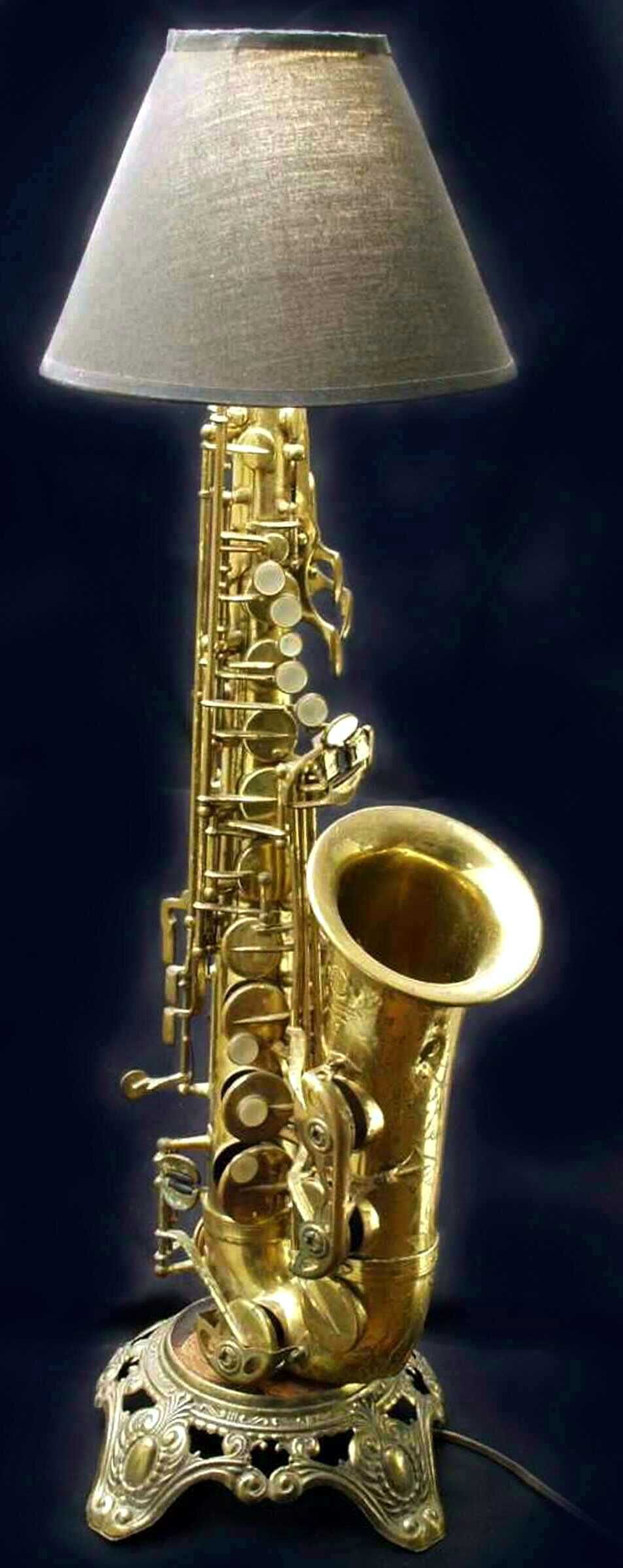 Learn the Saxophone - how to play this amazing instrument.