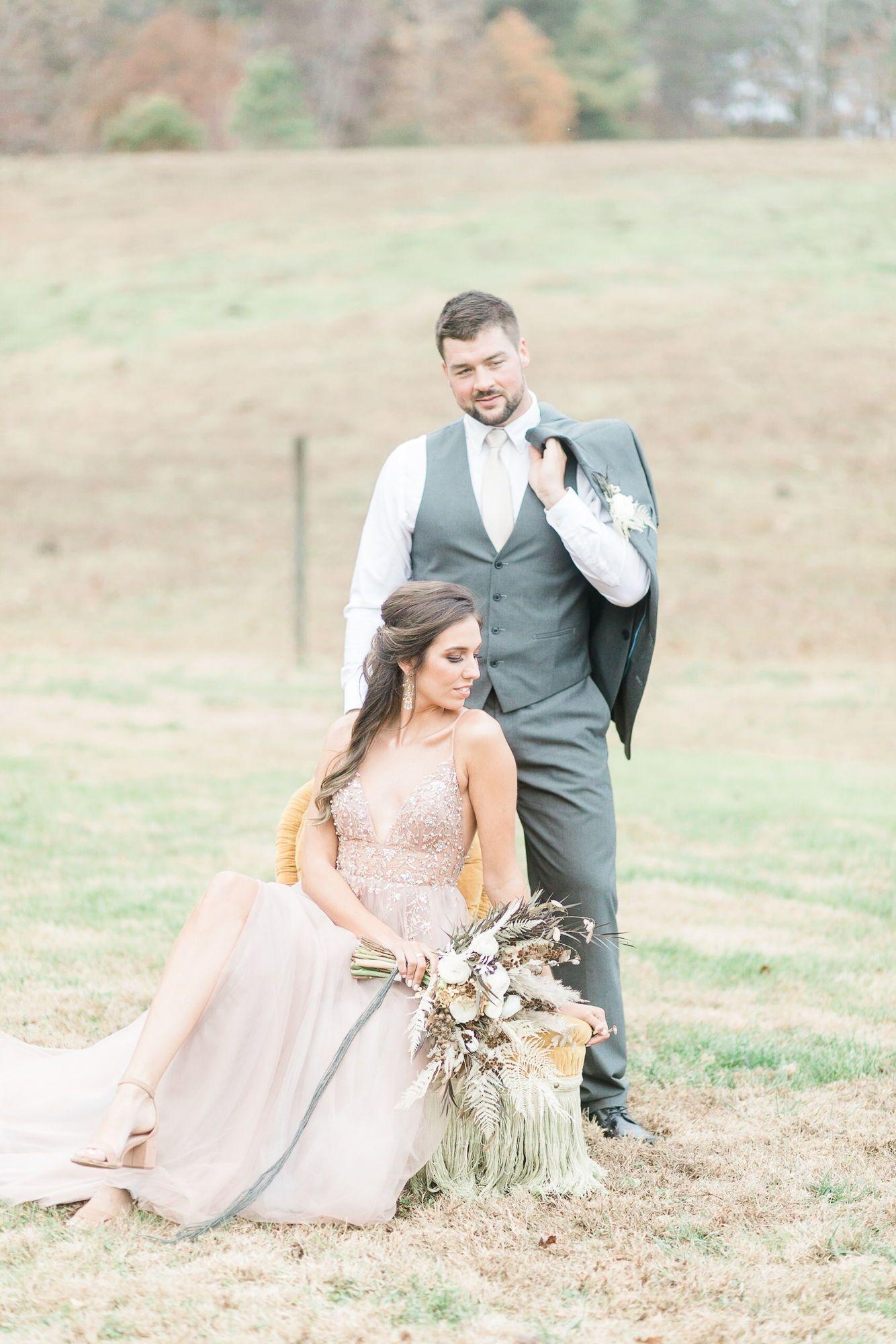 Modern Bohemian Wedding Inspiration At The Pointe At Lake Hickory In 2020 Bohemian Wedding Inspiration Nc Wedding Venue Boho Wedding Inspiration