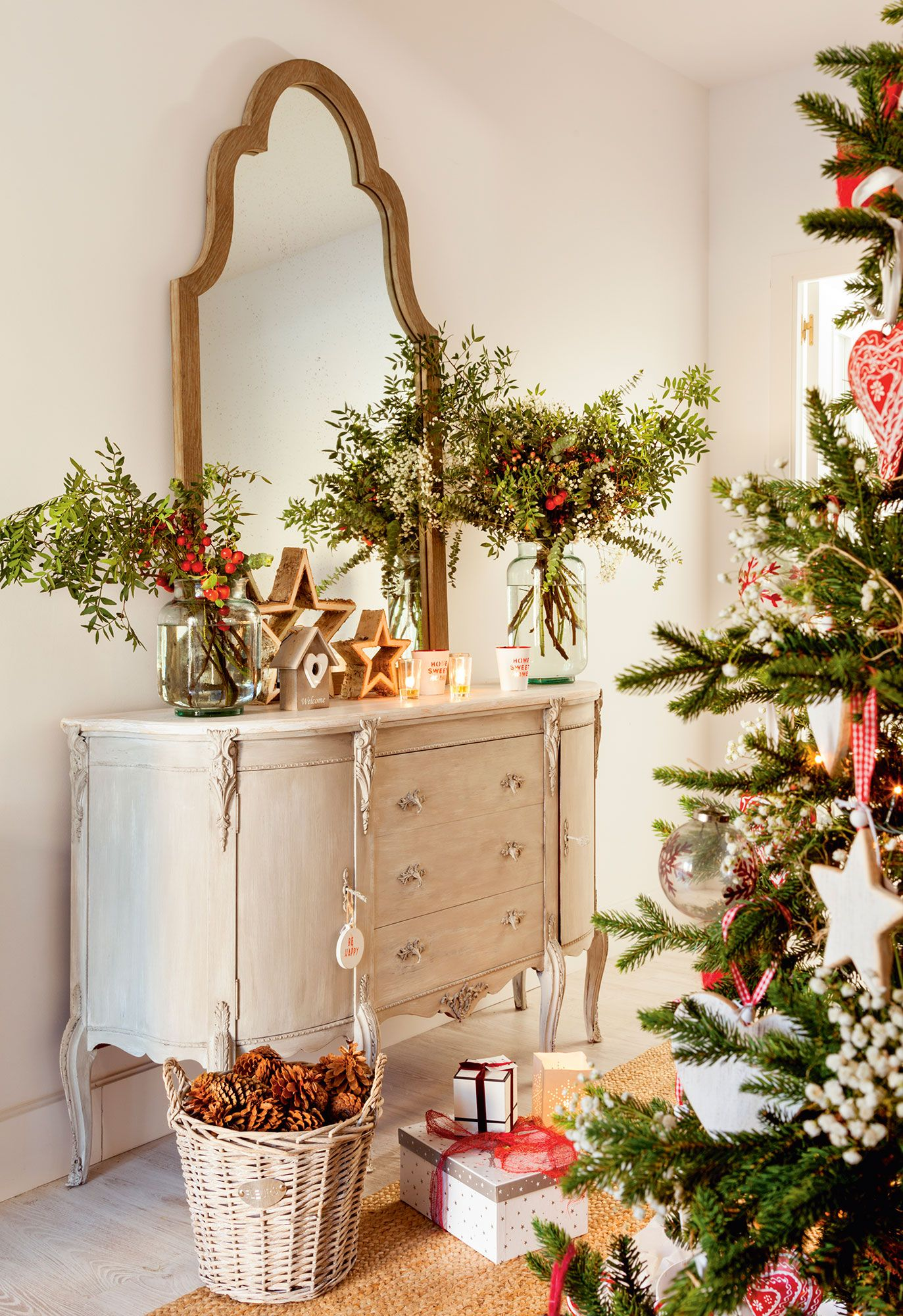 Navidad ideas para decorar de verde natural tu recibidor navidad pinterest verde natural - Ideas decorar recibidor ...