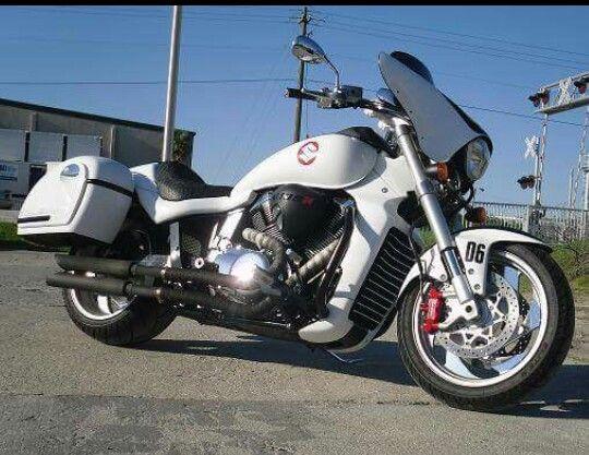 Customized Suzuki M109 Bagger | Custom Motorcycles | Custom