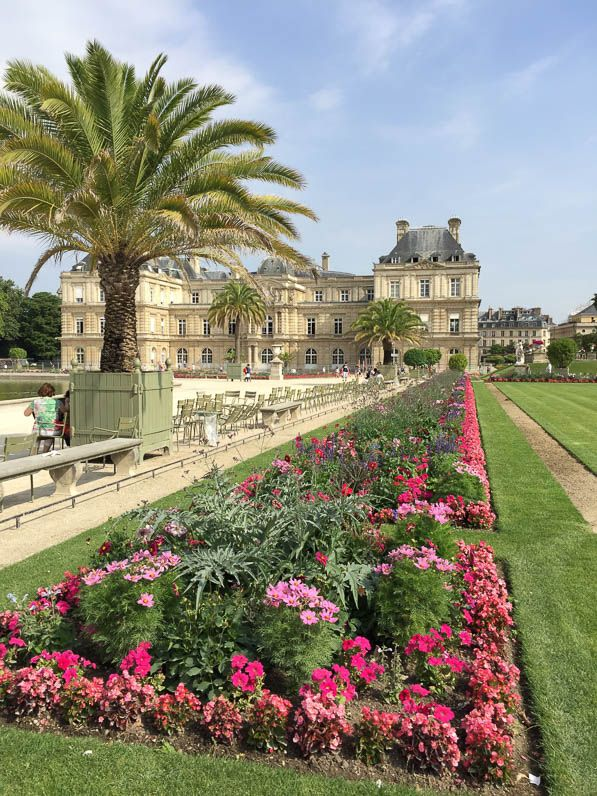 Balade fleurie dans le jardin du luxembourg paris 6e for Plante fleurie jardin