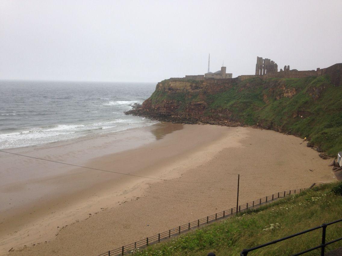 Tynemouth king edwards bay beach 7.29 am 4 th July 2015 www.tynemouthwebcam.com