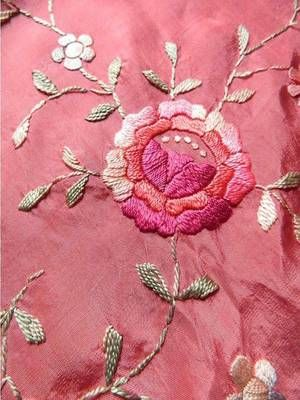 1920s vintage piano shawl in pink