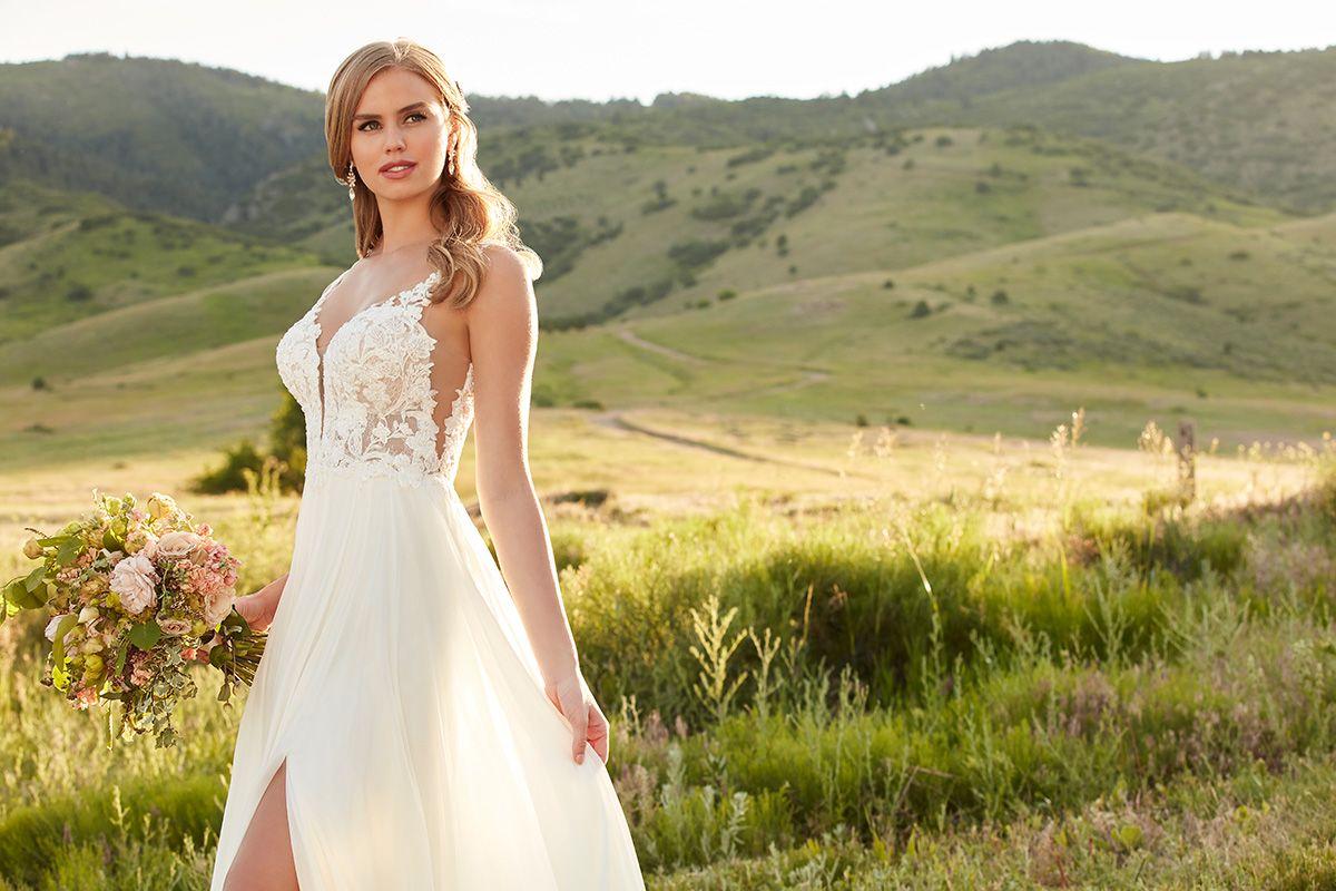 Martina Liana The Bridal Collection Colorado S Premier Bridal Salon Martina Liana Wedding Dress Wedding Dresses Wedding Dresses Lace [ 800 x 1200 Pixel ]