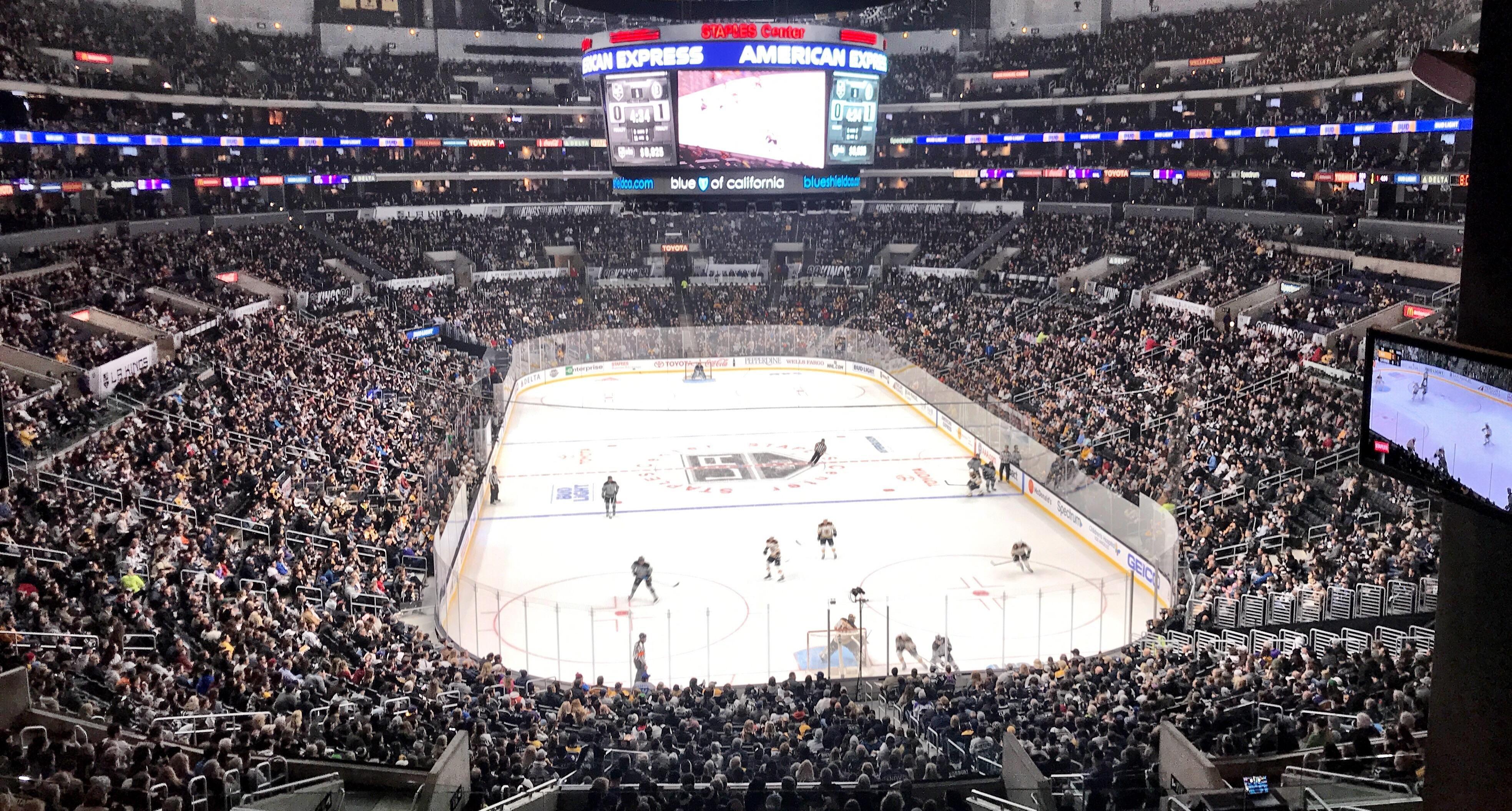 Staples Center Kings Bruins Game Tonight Los Angeles Staples