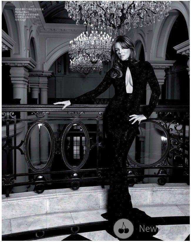 Elizabeth Hurley - Vogue China