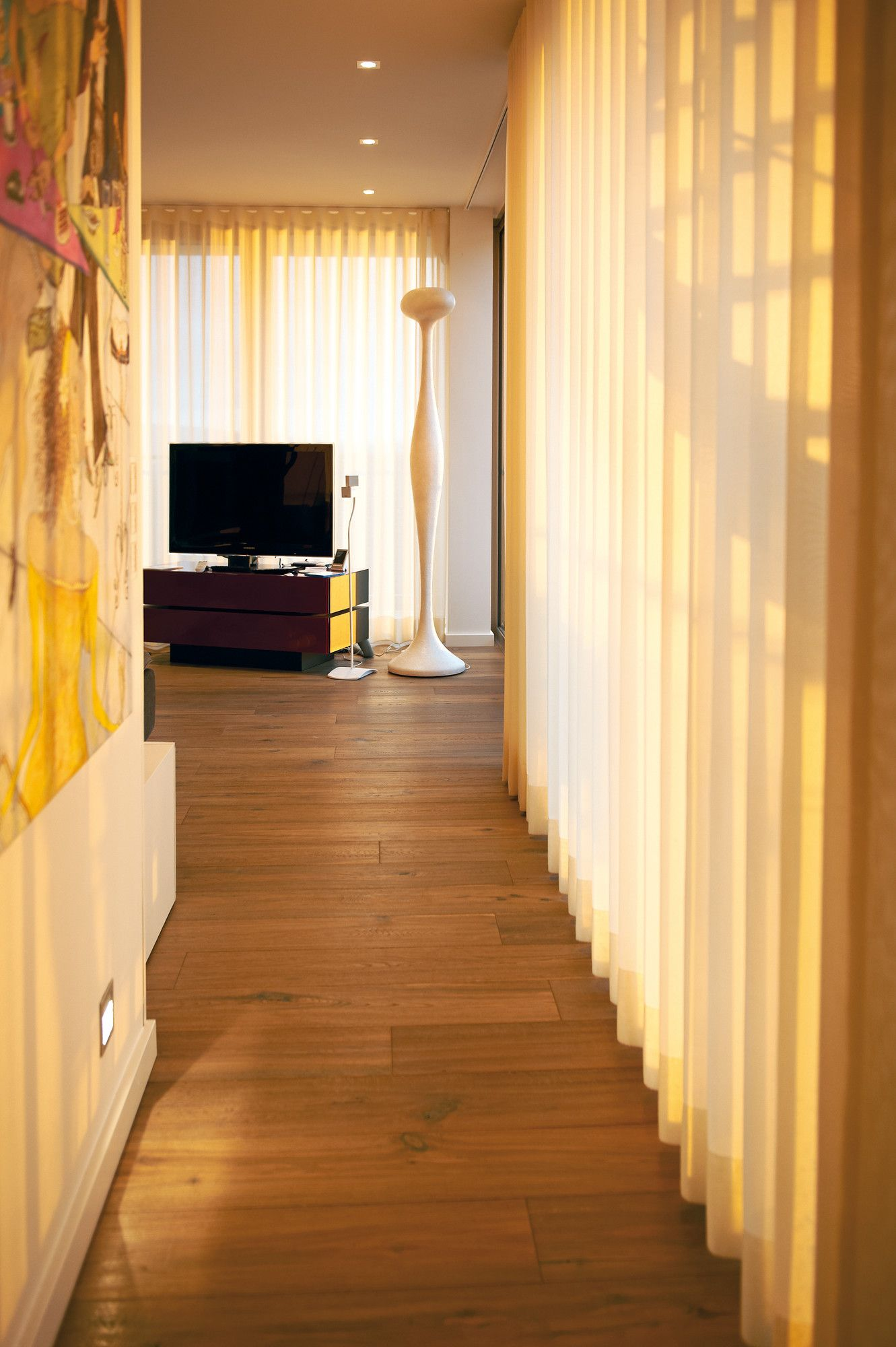 Bedroom curtain track - 5400 Electric Curtain Track System With Wave In A Residential Penthouse In Germany