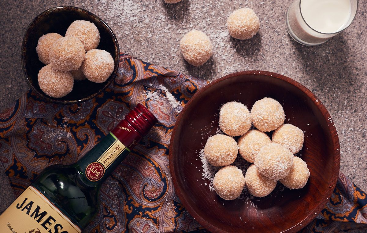 White Rum Balls Recipe Rum balls, Christmas baking