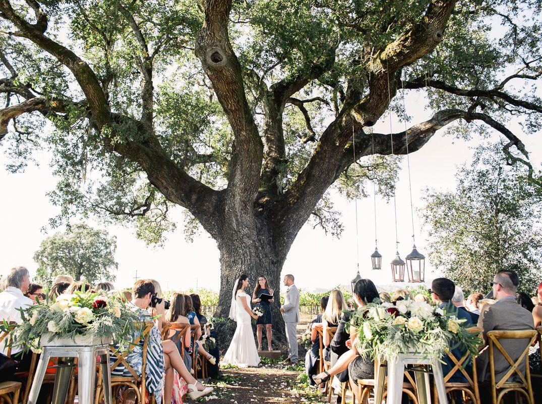Photo by Cooper Carras Wedding planner Nicki
