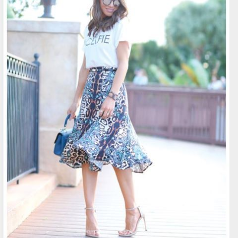 streetstyle,love,printskirt,styleblogger,tenueoftheday,instagood,styleinspo,fashionlovers,ootd,summerfashion,fashionblogger,skirts,instafashion
