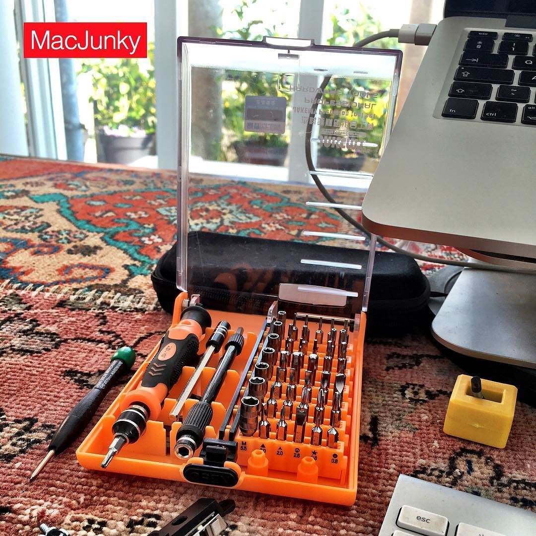 Tools of the trade... apple mac repair tools macjunky