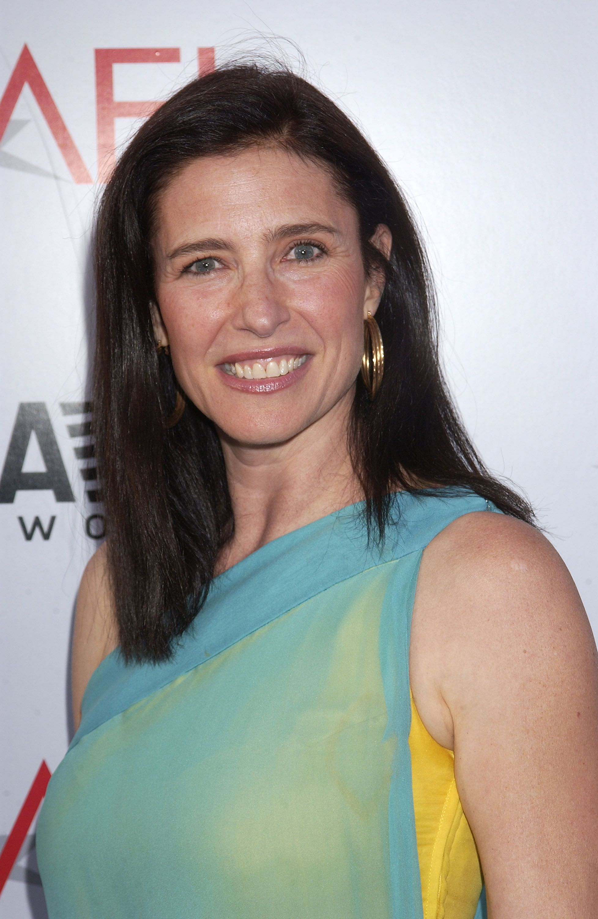 mimi rogers young