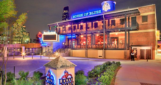 Dallas Nightlife Live Music Bars Comedy Clubs Dancing House Of Blues Dallas Dallas Nightlife Dallas House