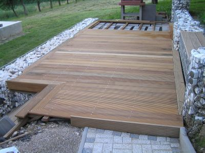 holzterrasse verlegeanleitung sch nes pinterest wooden decks decking and gardens. Black Bedroom Furniture Sets. Home Design Ideas