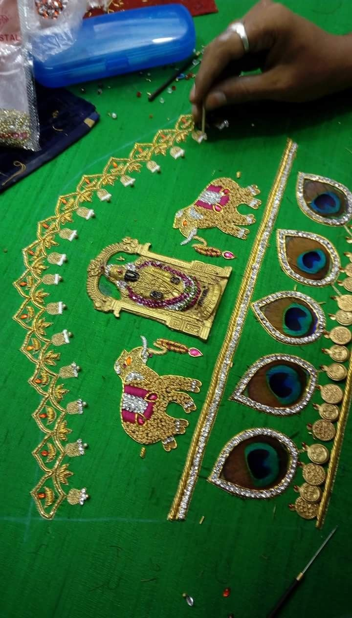 Saree blouse design patch work pin by iraivi on blouse embroidery in   pinterest  blouse