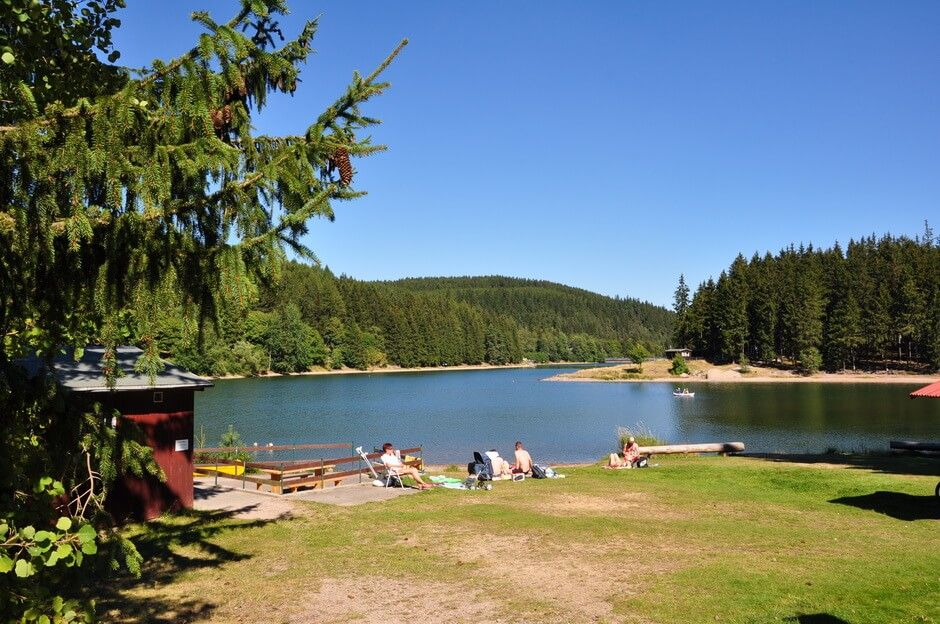 Photo of A beautiful natural campsite with 4 * comfort is hidden under the tall fir trees directly on Lake Lütsch!