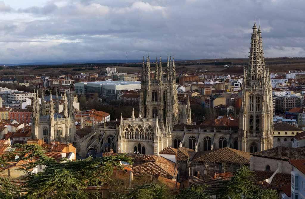 CATEDRAL DE BURGOS: catedrales de España que merece la pena visitar