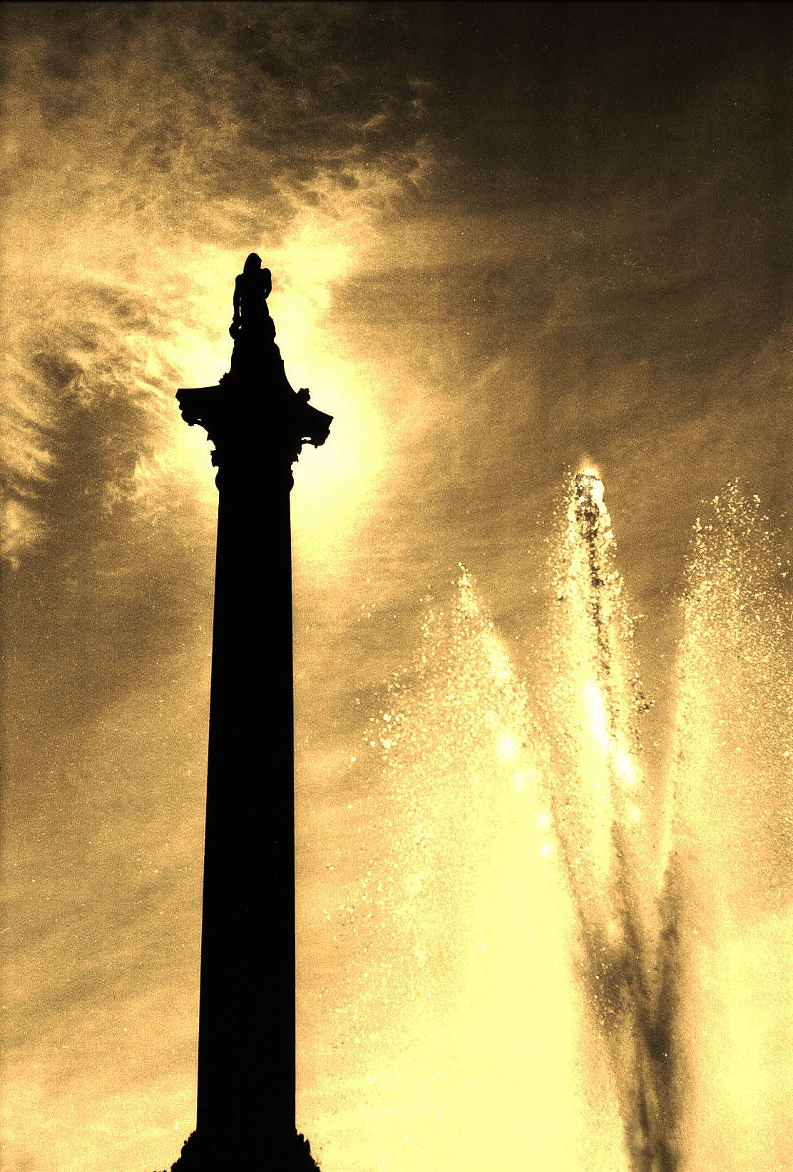 The Fountain, Paris