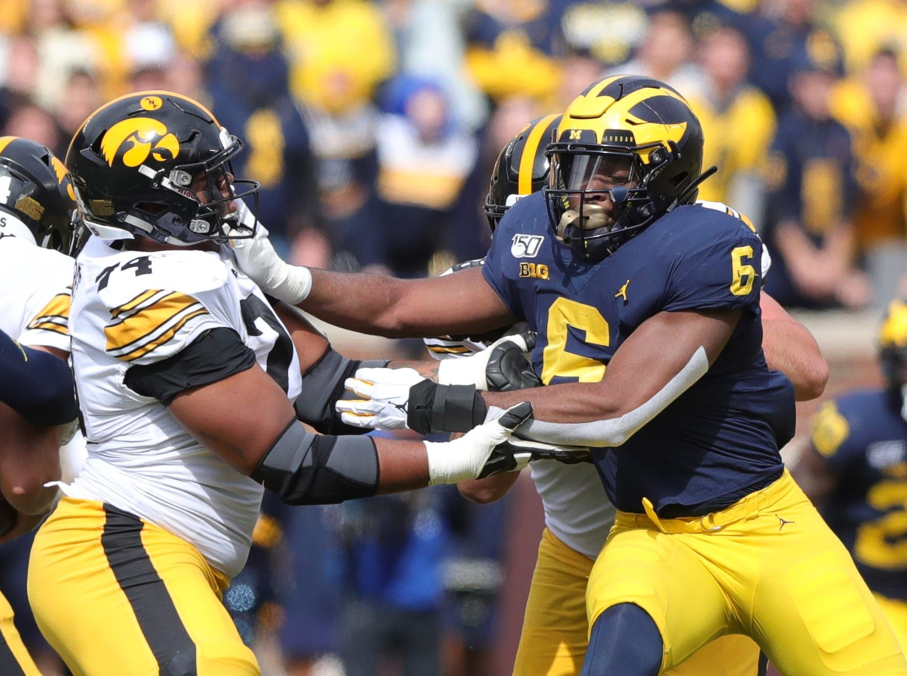 How Michigan Football S Josh Uche Is Diversifying His Linebacker S Toolbox With Images Michigan Football Iowa Hawkeye Football Hawkeye Football
