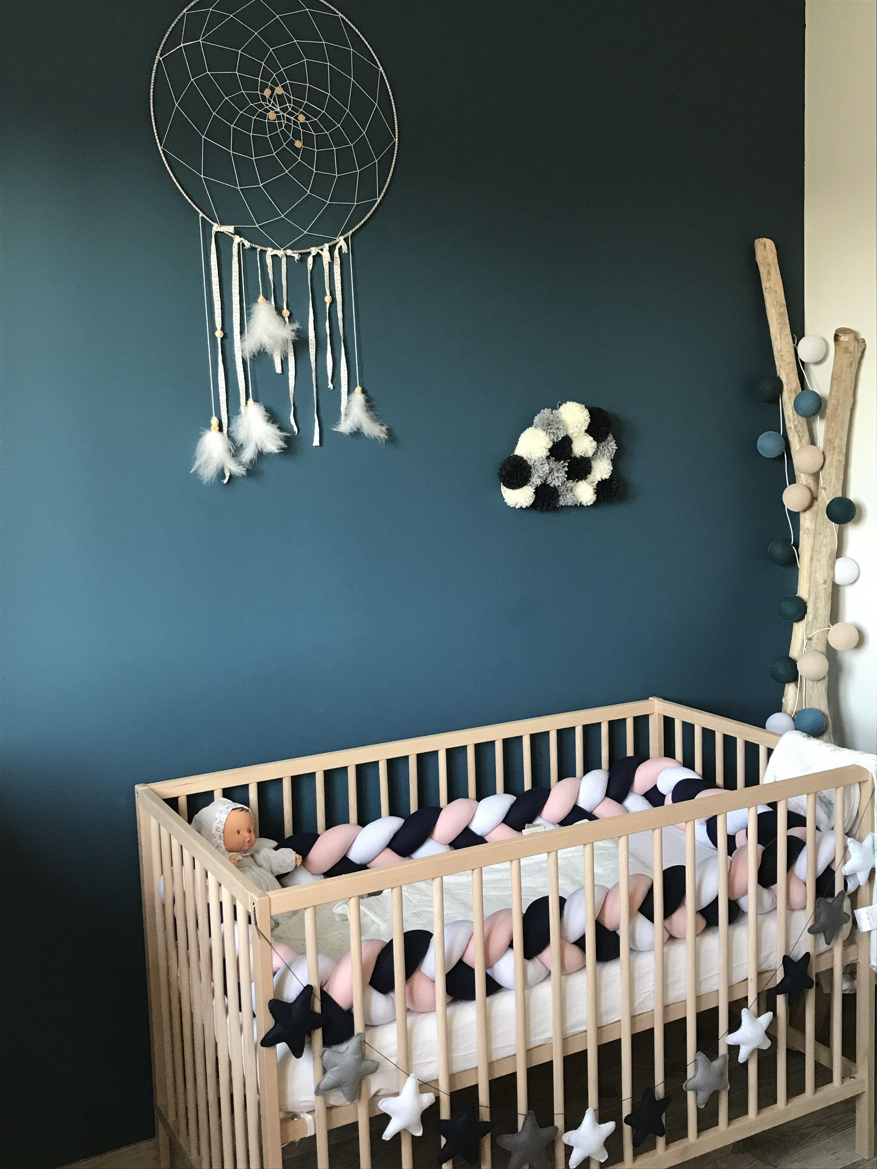 lit chambre b b diy attrape r ve bois flott tour de. Black Bedroom Furniture Sets. Home Design Ideas