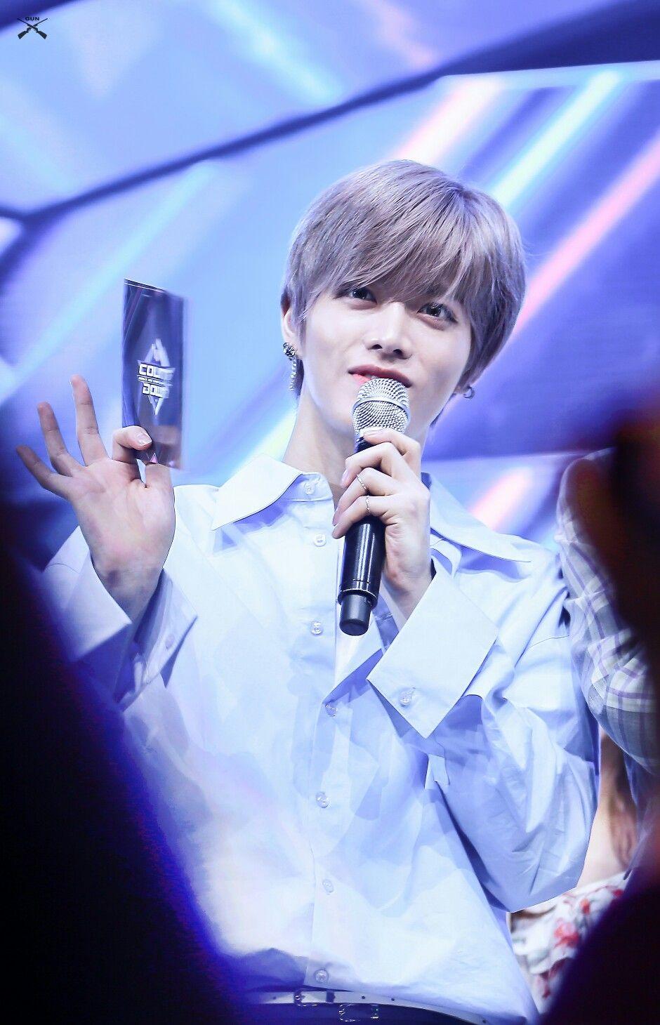 #YUTA #NCT Cre: on pic | Corea del sur, Corea