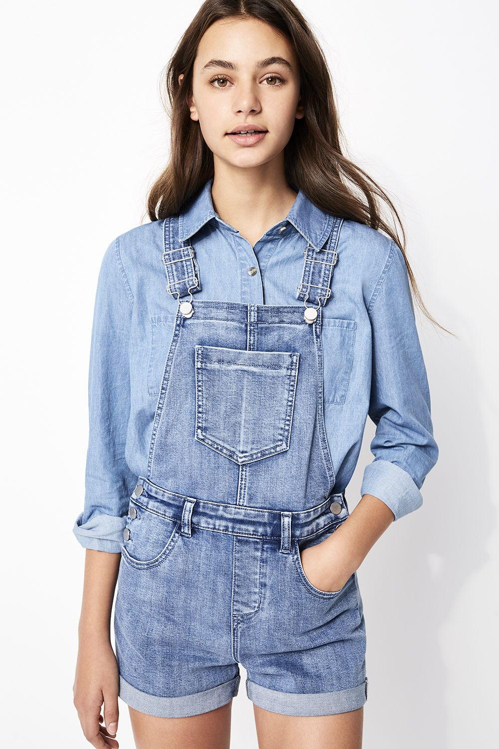 Teenage girl with overalls carlson naked sex