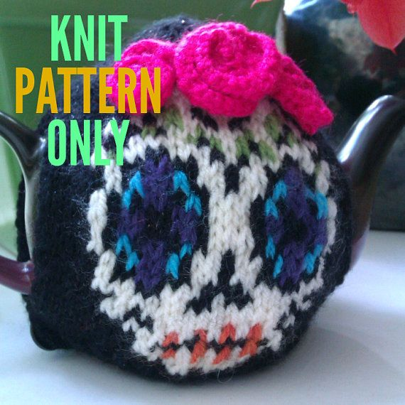 Mini Day of the Dead / Dia de los Muertos with by mymamaknits