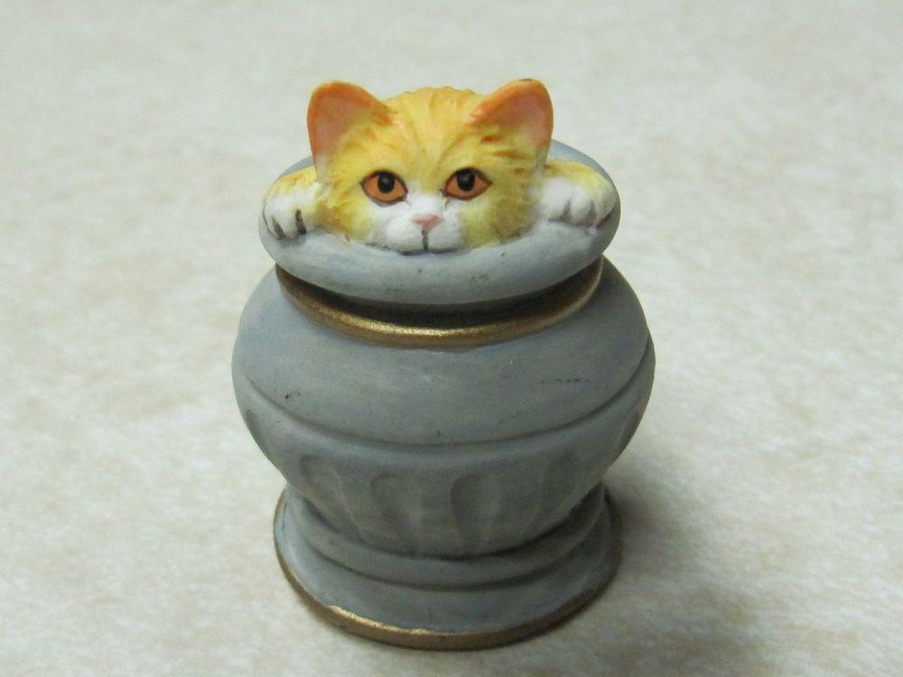 Golden Persian Cat In Vase Thimble From Lenox Victorian Cat Set