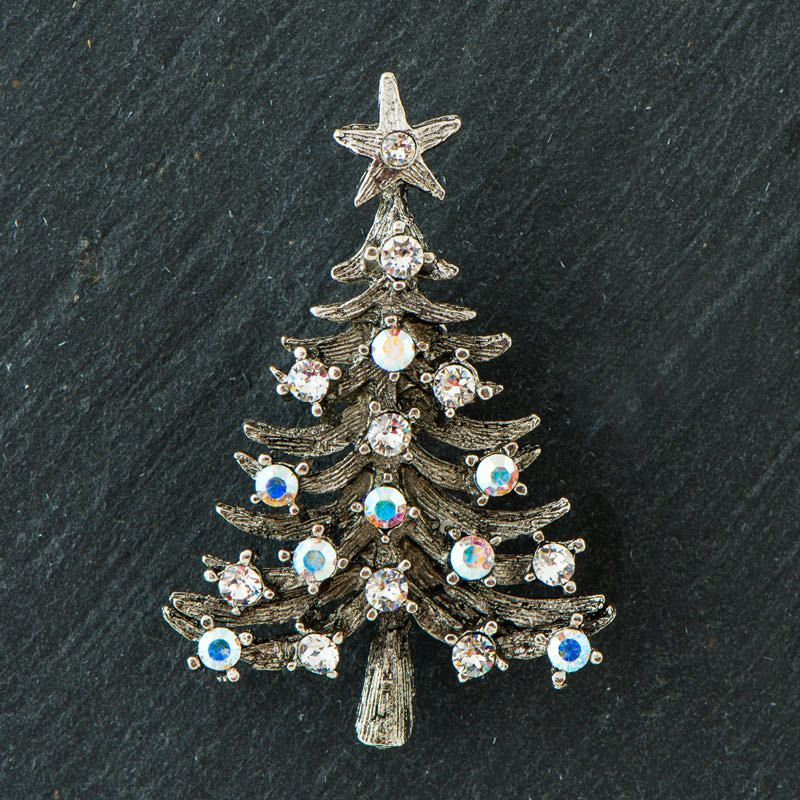 Broche med juletræ III