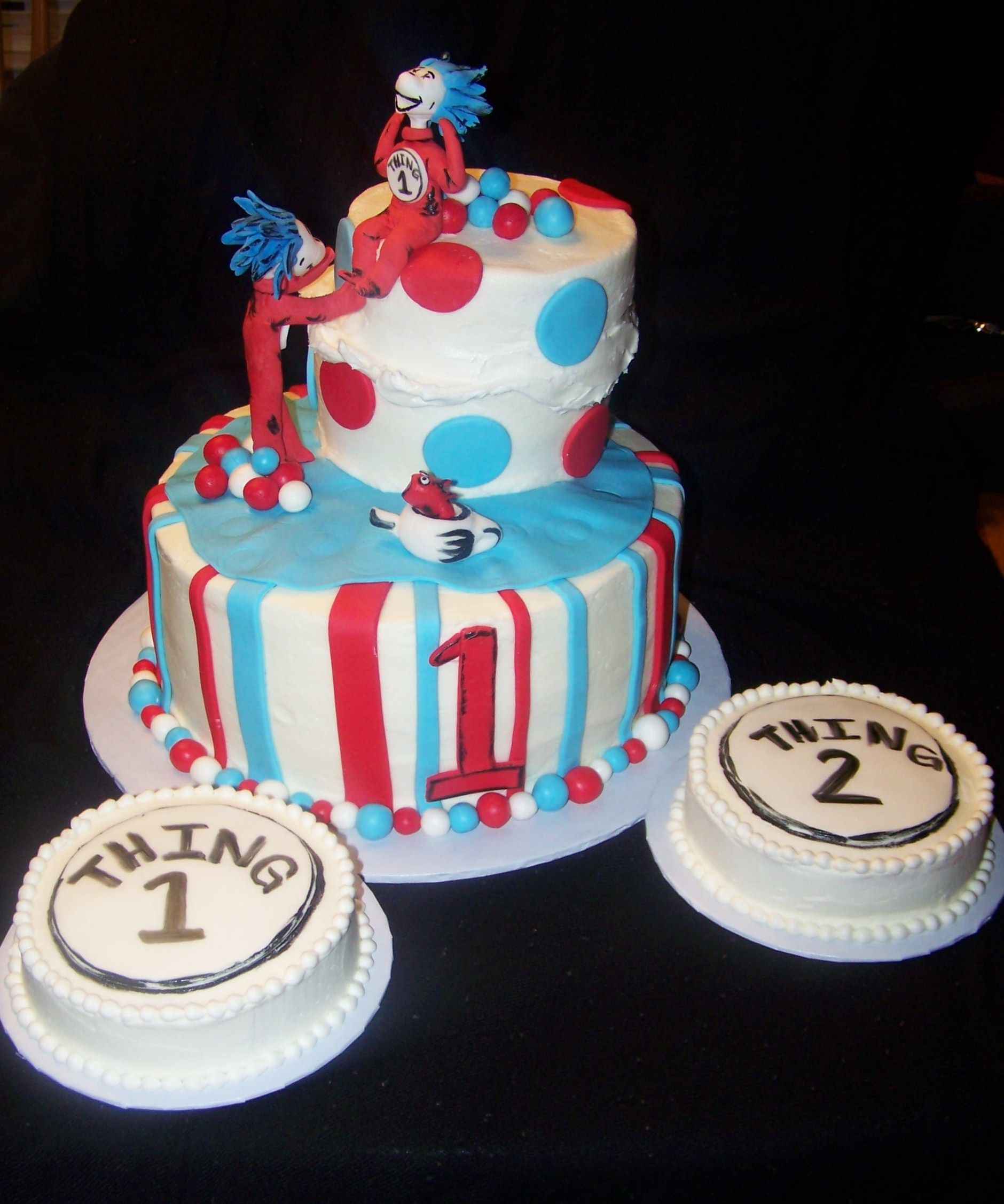 Dr Seuss Thing 1 Thing 2 Birthday Cake Twin Showers Ideas