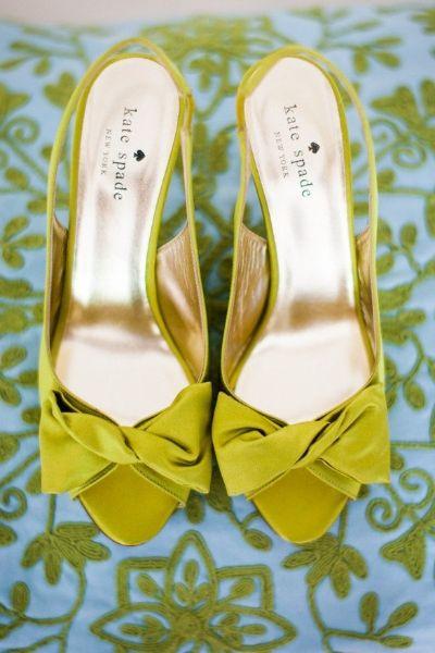 Stopy W Kolorze Kolorowe Buty Slubne Slub W Bialej Me Too Shoes Fashion Shoes Shoes