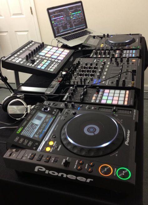 Traktorpro tutorials on dj pionner en 2019 meuble dj - Meuble de studio d enregistrement ...