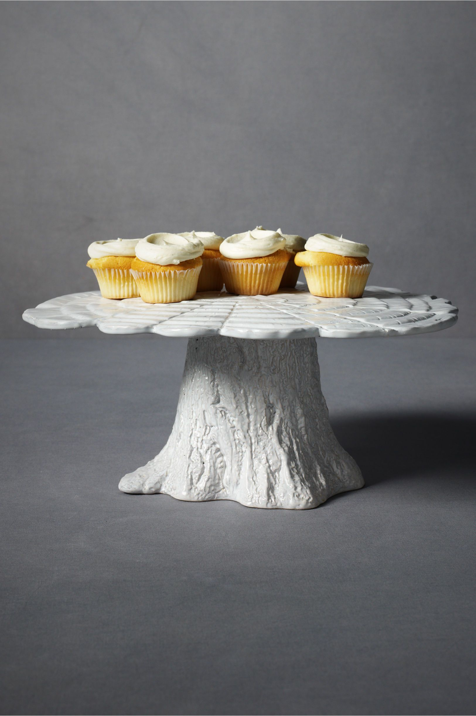 Knotty Pine Cake Plate Ese Can Be Made From Real Tree