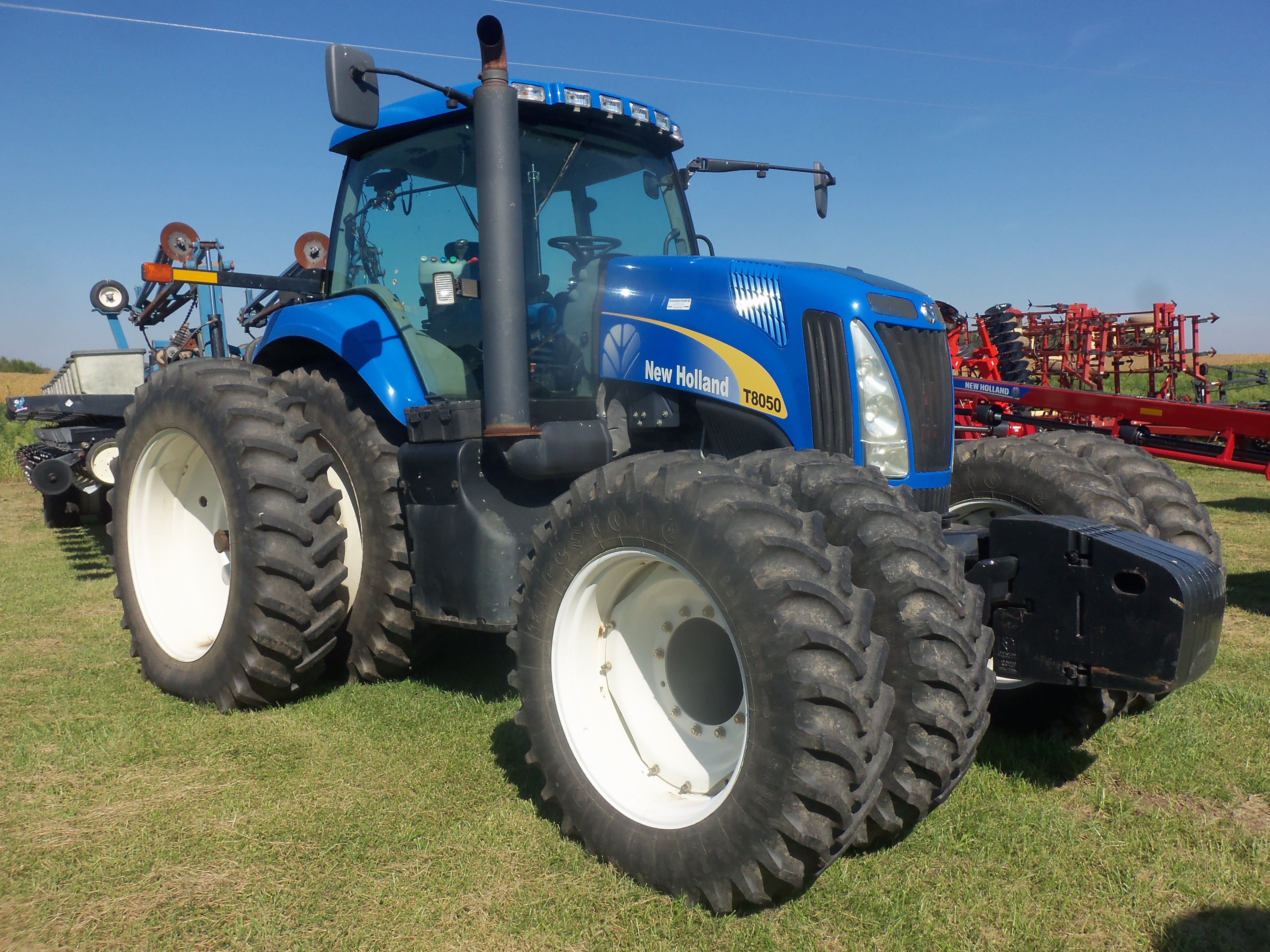 New Holland T8050 New Holland Agriculture New Holland Tractor New Holland Ford